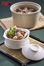 Lamb In Herbal and Wine Pot Recipe 酒香羊肉炉食谱