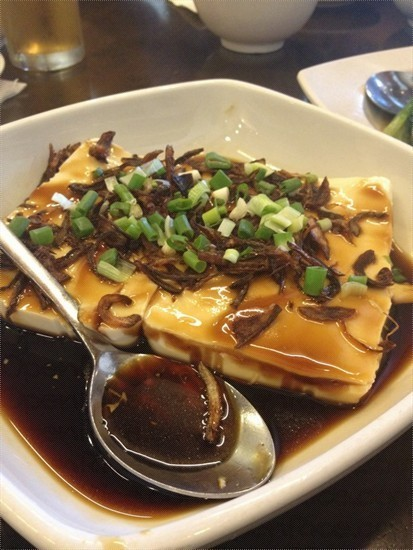 Fresh Bean Curd with Spring Onion